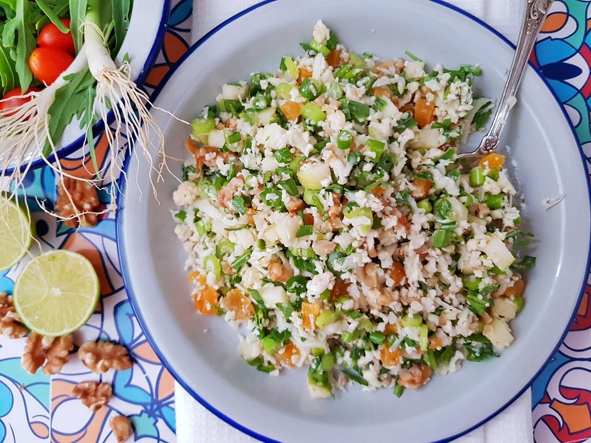 Салат Табуле из цветной капусты с яблоками и орехами. Фото рецепт. Вкусный Израиль.