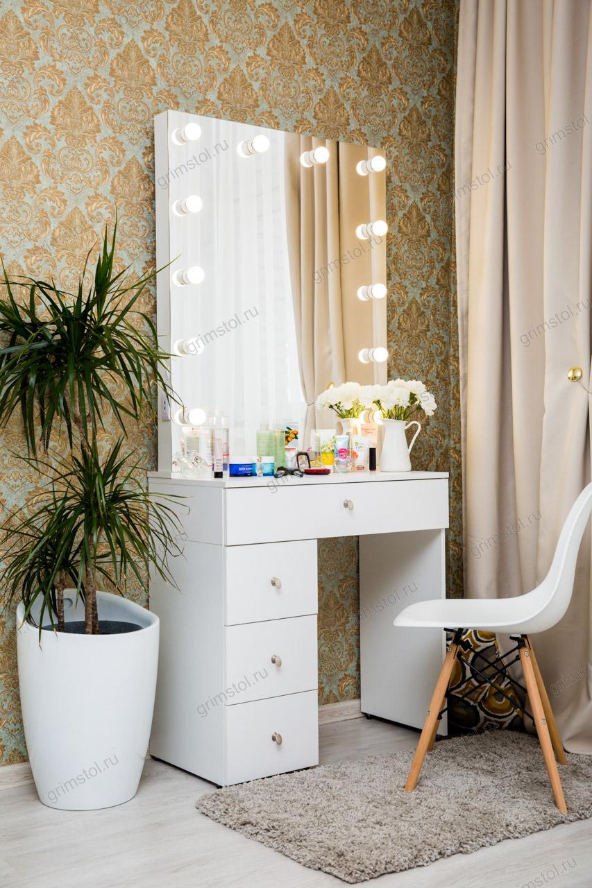 Гримерный столик с высоким зеркалом 2.3РВ80