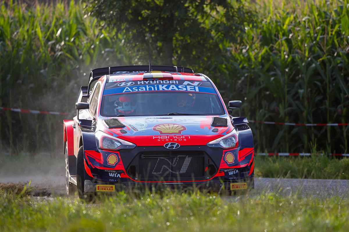 Тьерри Невилль и Мартейн Видаге, Hyundai i20 Coupe WRC, ралли Ипр 2021