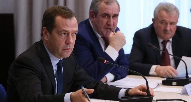 Встреча Дмитрия Медведева с представителями отрасли грузовых автоперевозок состоялась 23 марта (Фото: www.government.ru)