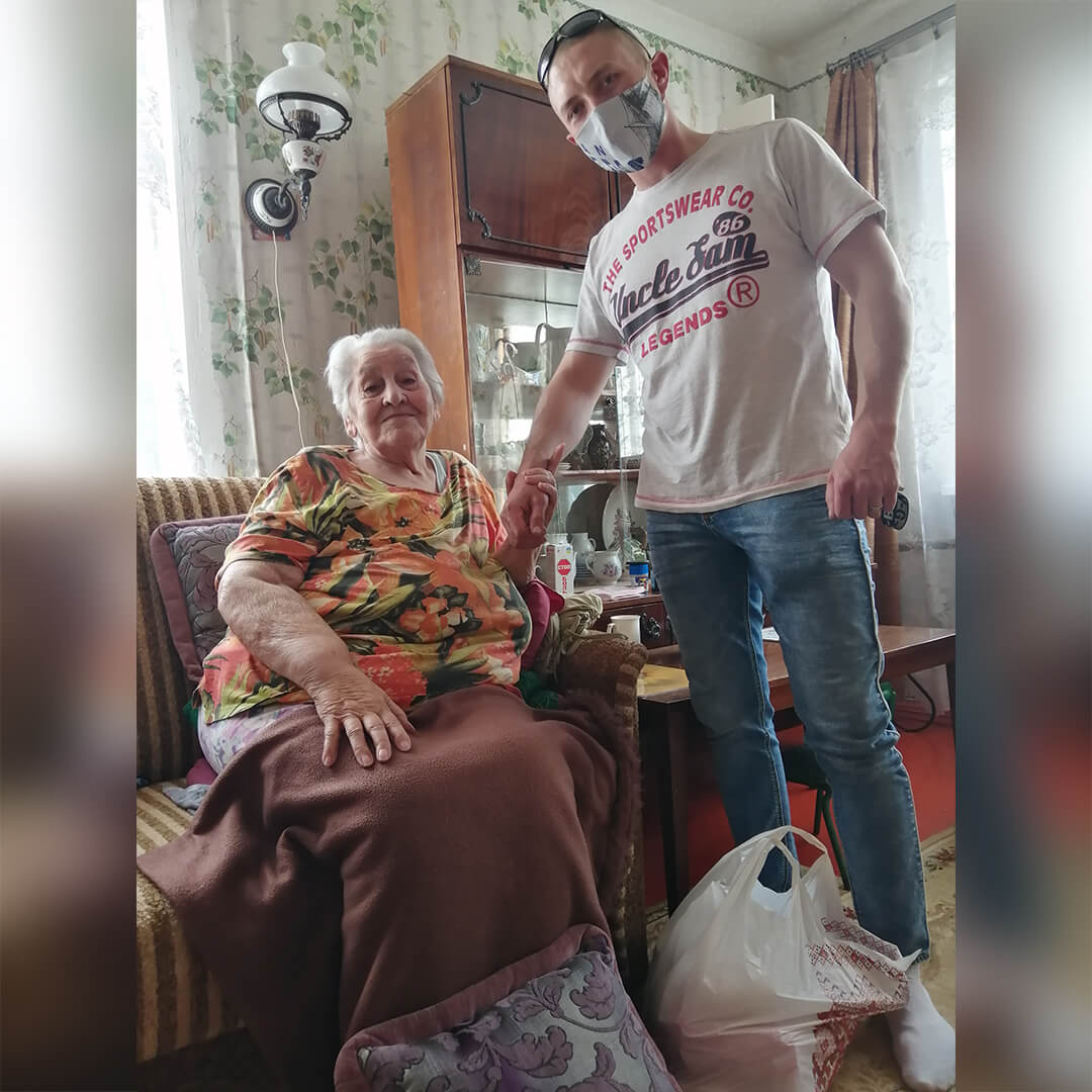 Партия Шария помогает пенсионерам - фото