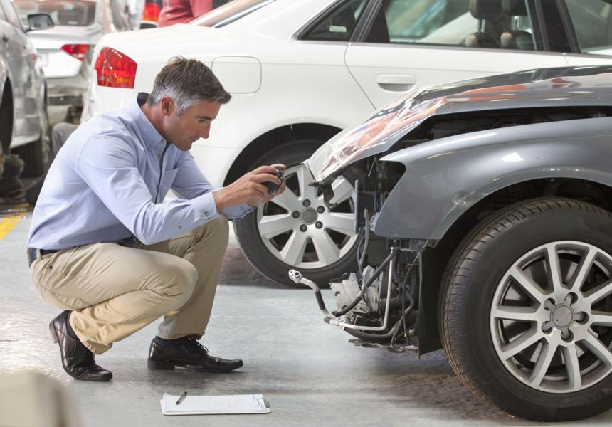 оценка ущерба автомобилей фото свити