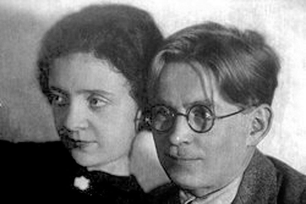 Супруги Татьяна Рябова и Василий Соловьев-Седой