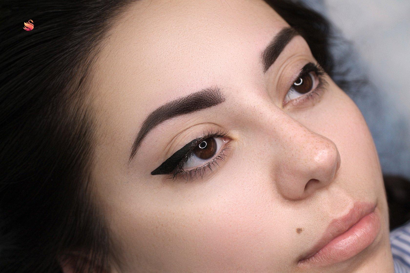 Картинки с перманентным макияжем бровей