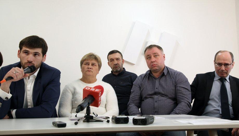Представители протестующих их Дагестана призвали руководство страны обратить внимание на их проблемы (Фото: Анна Артемьева/ Новая газета)