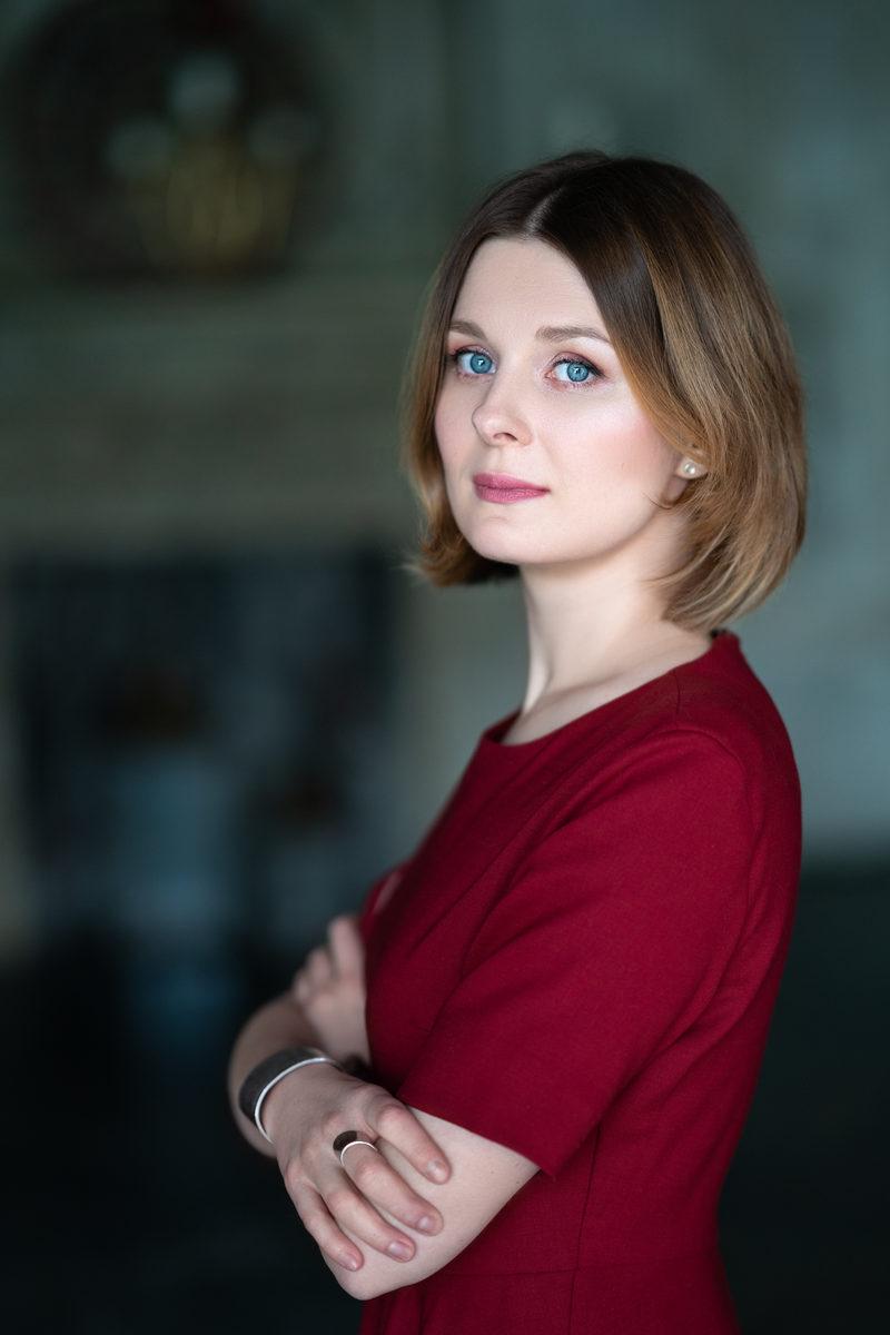 Девушка модель работы с сиротами работа онлайн ахтубинск