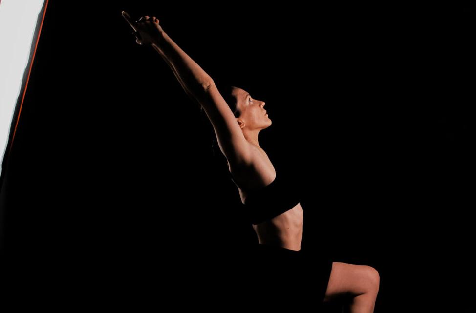 yoga, yoga pose, various, поза война, йога, йога позы, йога на темном фоне, позы стоя в йоге, йога силовые позы, позы для ног, упражнения для ног, йога для новичков, курс йоги для начинающих