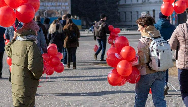 Анна Стекольщикова на акции Партии Шария - фото