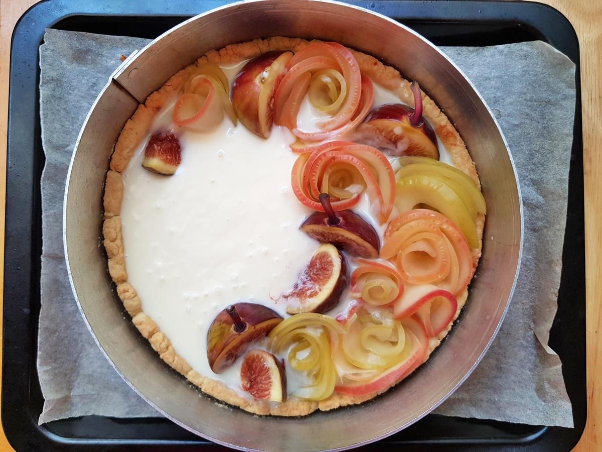 Чизкейк с яблоками и инжиром. Вкусный Израиль.