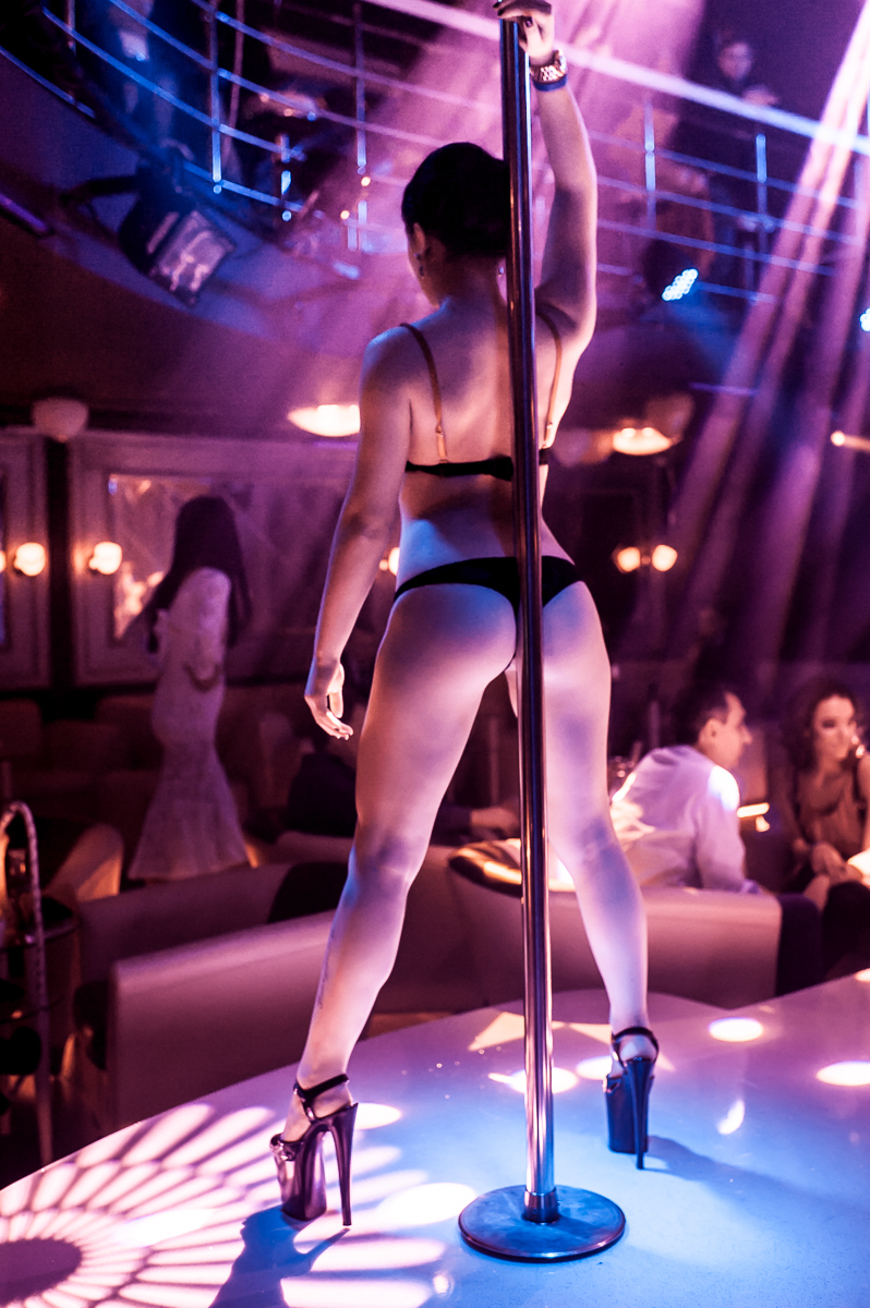 dundee-strip-club-review-penny-tits