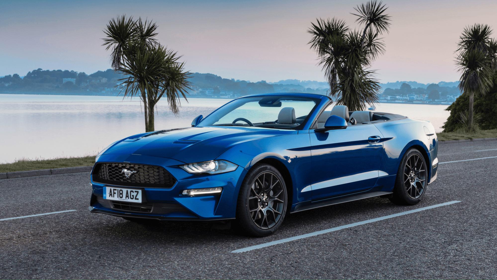 Так выглядит кабриолет Mustang.