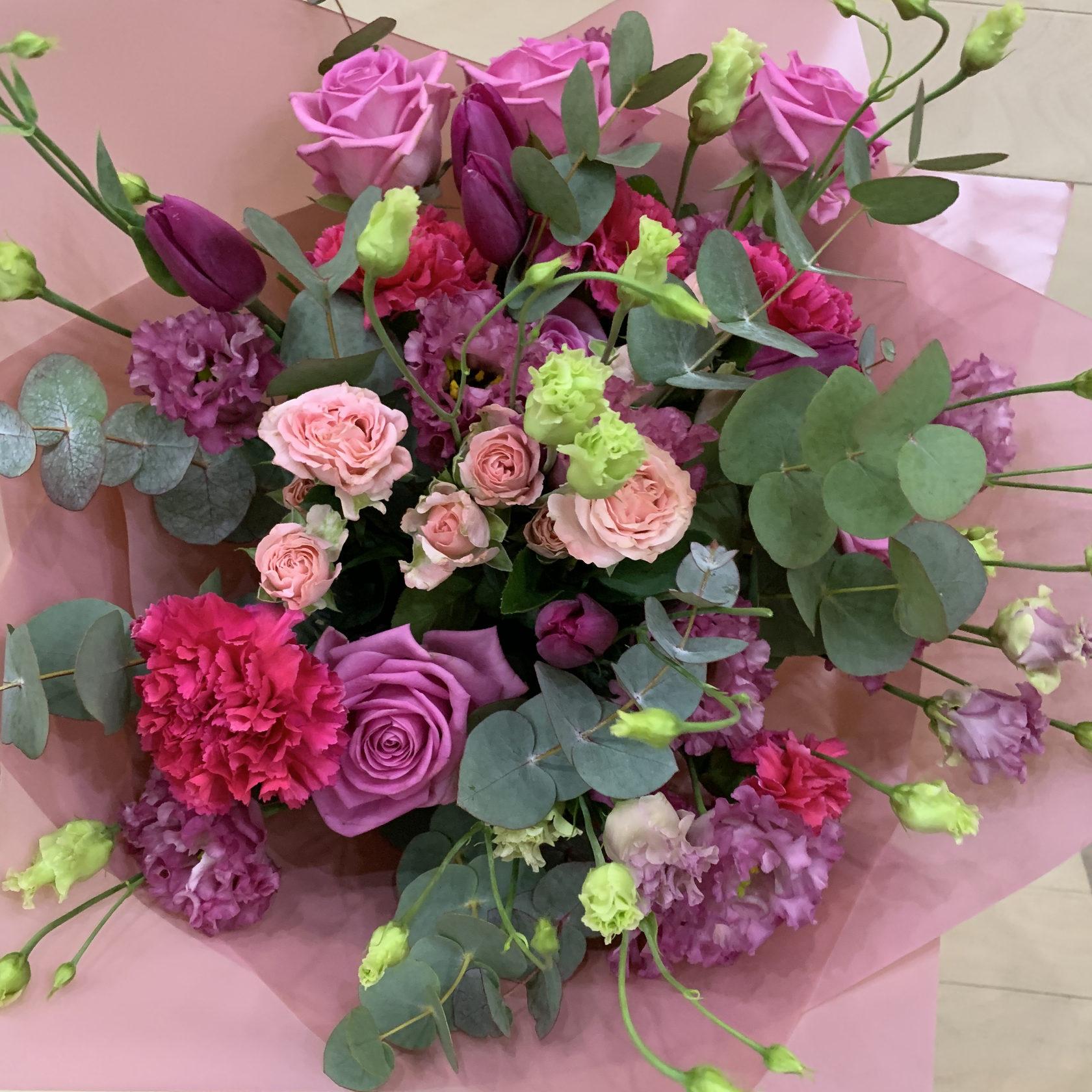 Букет из роз и эустомы, Артикул 0845
