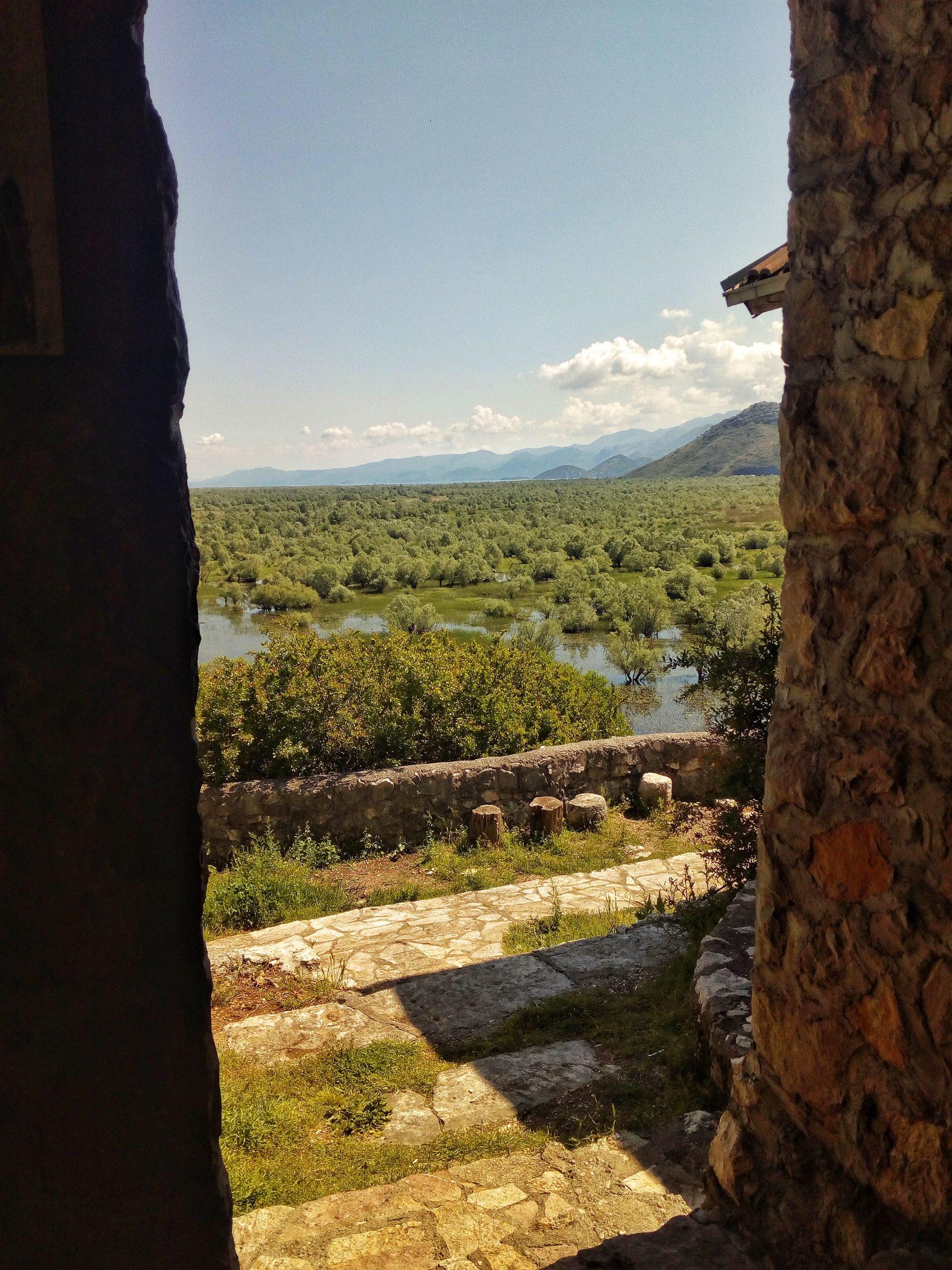 ком, скадарское озеро, черногория