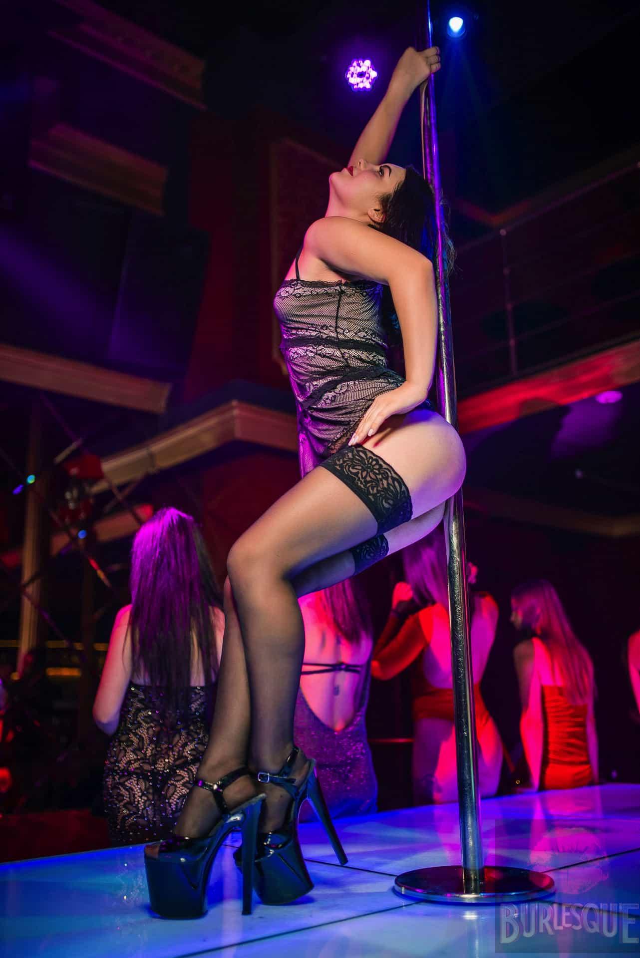 Dancers job in the best strip club in kiev