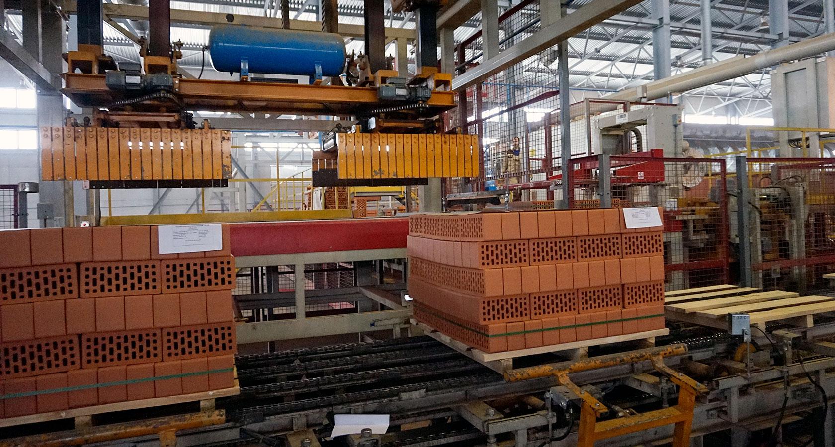 Кирпичный завод в картинках