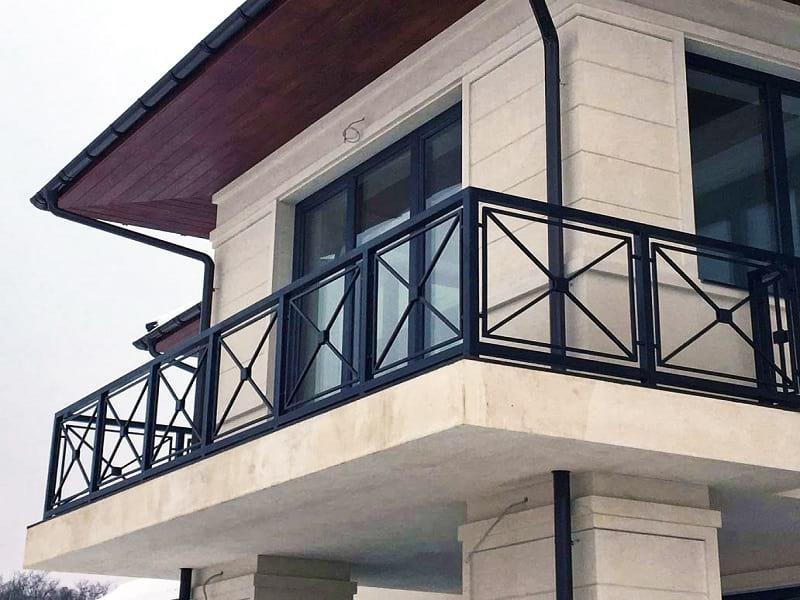 Перила для балкона сварные