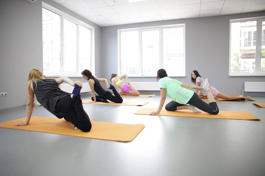 Средние тренировки по йоге